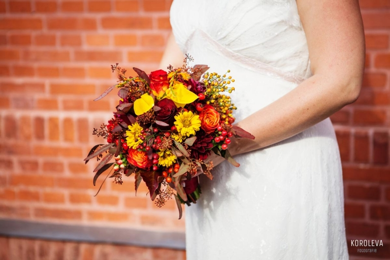 Stober Landgut Hochzeitsfotograf Nauen Brautstrauss