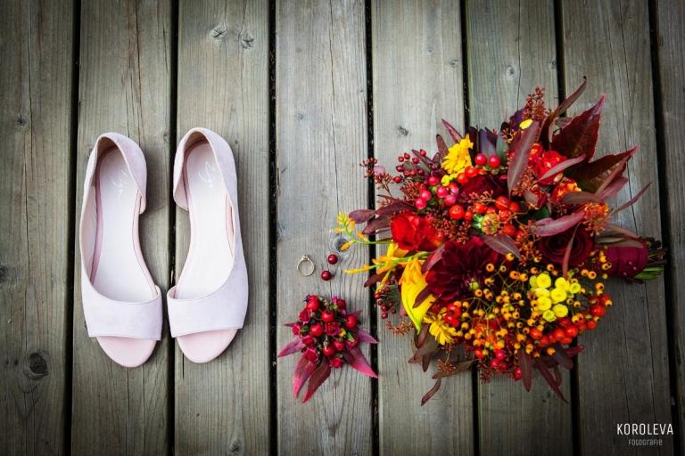 Blumenstrauss Hochzeitsfotograf Landgut Stober Nauen