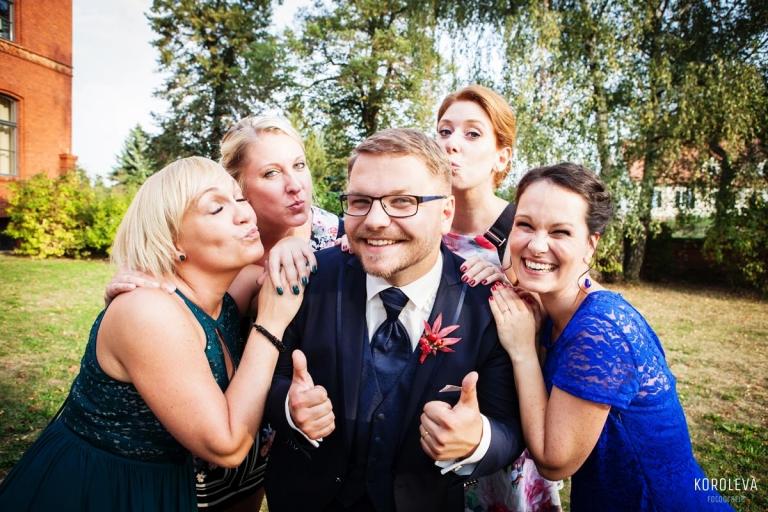 Stober Landgut Hochzeitsfotograf Nauen Fotoidden Freunde
