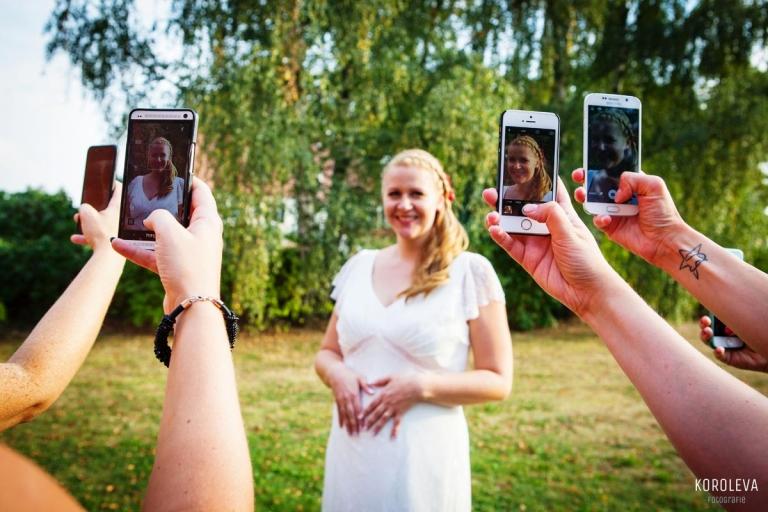 Stober Landgut Hochzeitsfotograf Nauen Braut Fotoideen
