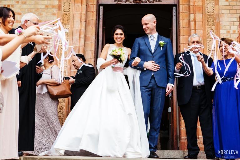 Hochzeitsfotograf St. Peter und Paul auf Nikolskoe